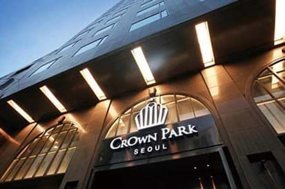 Crown Park Hotel Seoul - Success story of digital signage for hotels and hospitality
