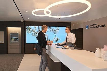 Luzerner Kantonalbank - Samsung smart LED signage and video wall displays success story