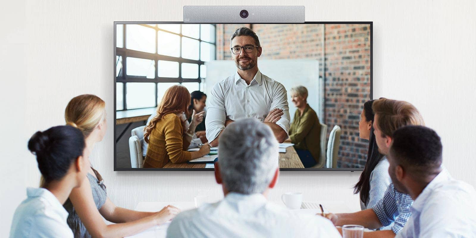 Samsung SMART Signage with Cisco Video Conferencing Solution