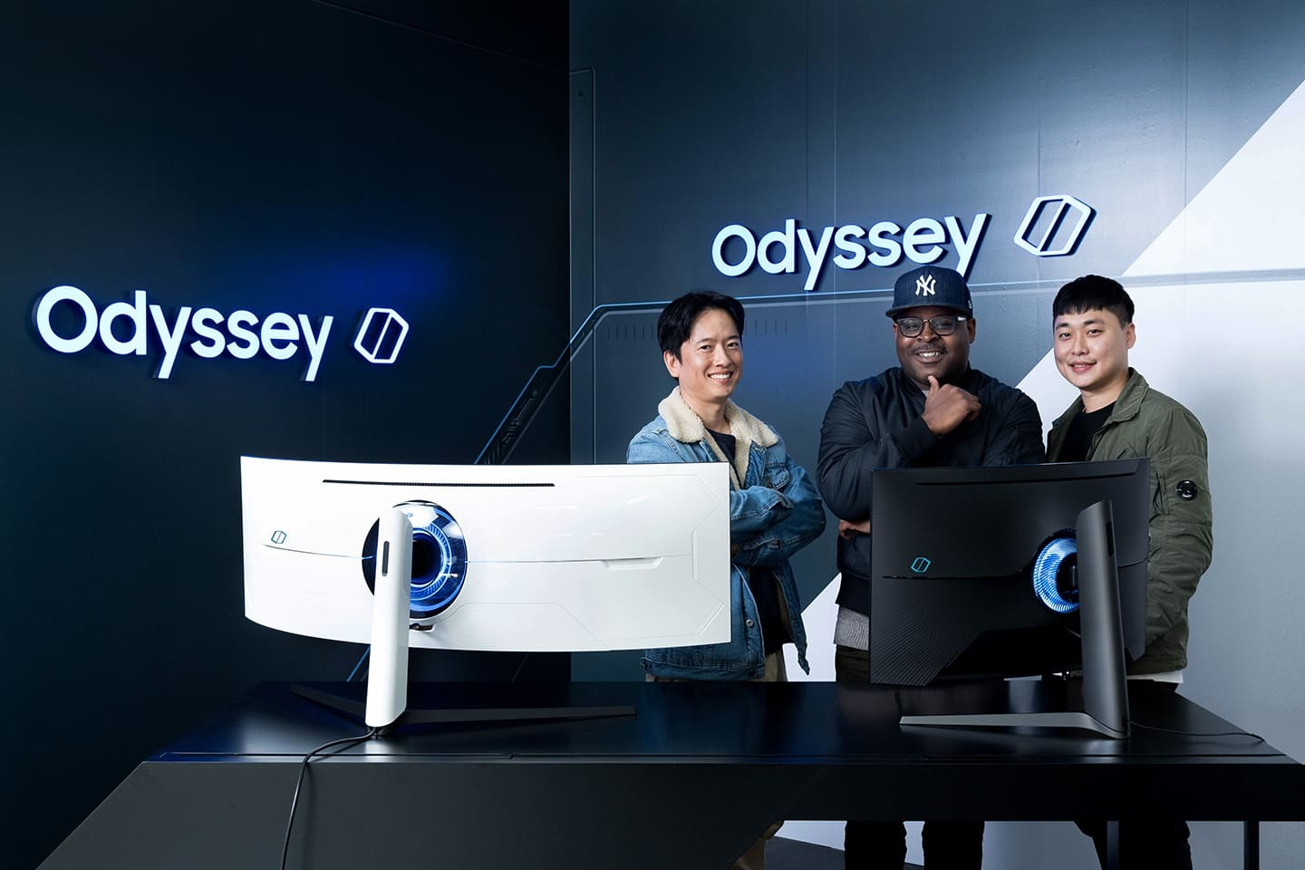 : The Odyssey G7 and G9