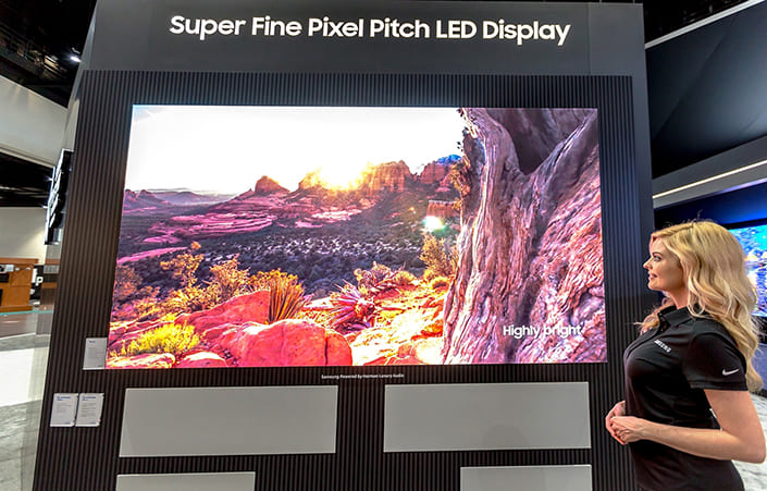 Samsung Electronics' CEDIA 2018 booth introducing the Super Fine Pixel Pitch technology